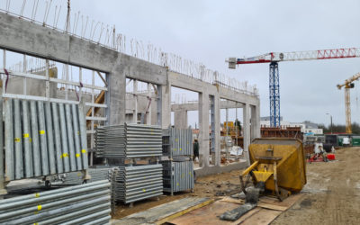 Poutres béton sur chantier des Sorinières